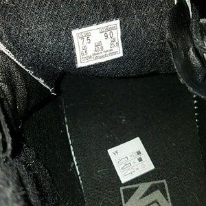 Vans Shoes - Gray/Blk corduroy Vans sz 7.5 Men/9 Women's
